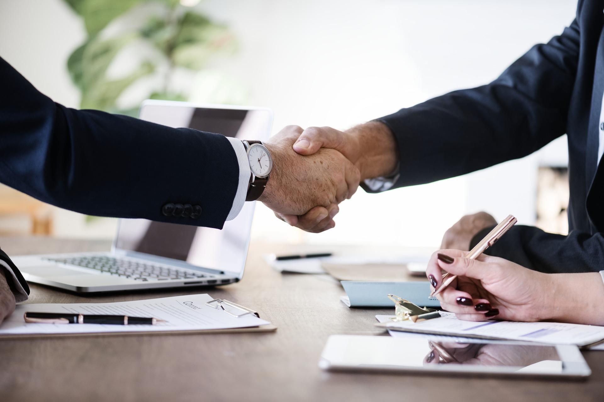 spotkanie biznesowe - Manipulatory przemysłowe PAS - podnośniki, suwnice, żurawie Manipulatory przemysłowe PAS - podnośniki, suwnice, żurawie